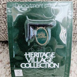 Dept 56 Heritage Village Metal Banner #09482